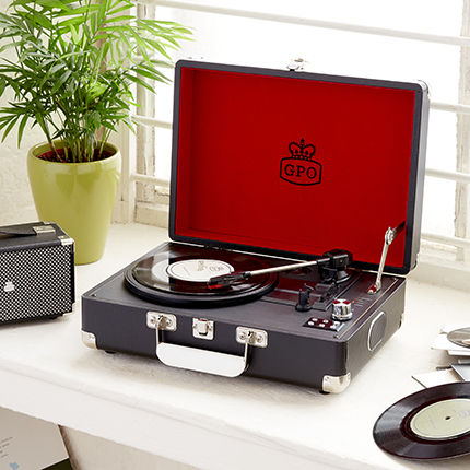 gpo Attache vinyl player